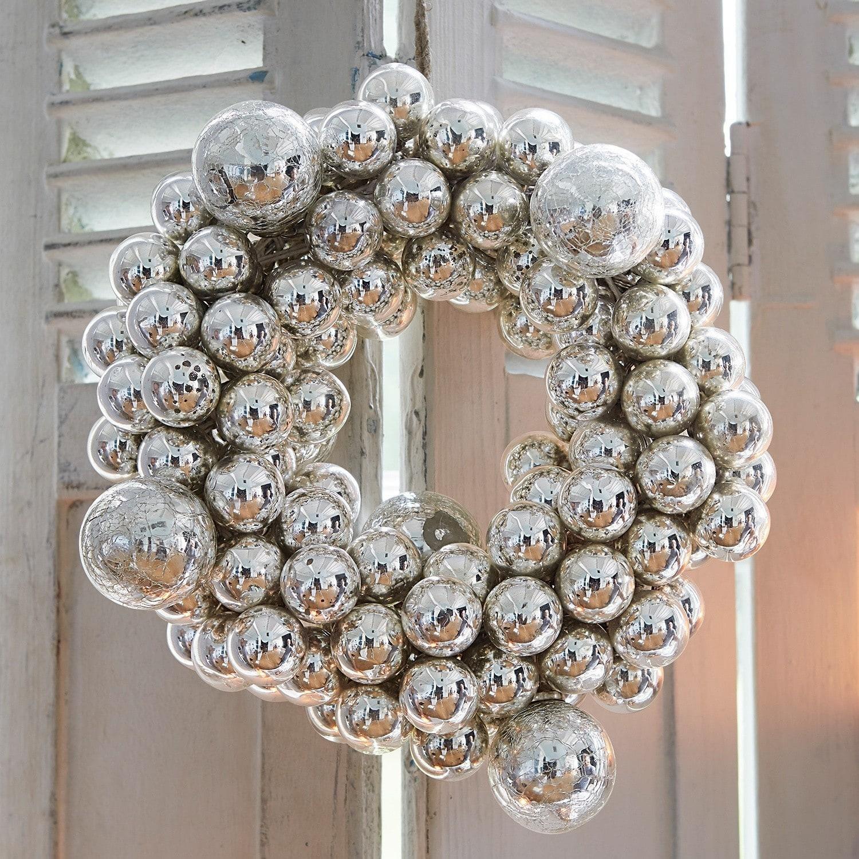 Kerstballenkrans Irvillac